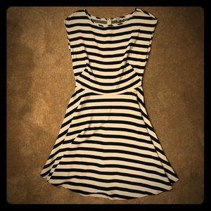 BB Dakota Women's Striped Sleeveless Dress